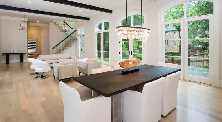contemporary classic home image
